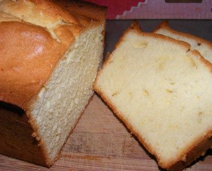 Perfect Pound Cake {ModBak}   Of Cabbages & King Cakes